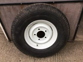Landrover spare wheel and tyre
