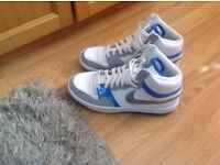 Nike men's white high top trainers size 8 uk