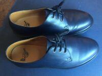 Dr Martens size 42 classic 1461 blue unisex shoes