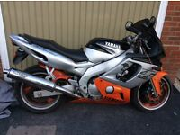 Yamaha Yzf 600 silver / orange