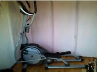 Electronic cross trainer