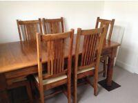 Mahanari Dining Table