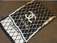 Chanel black & white wool shawl scarf