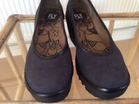 London Fly shoes size 4 £25