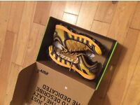 Inov-8 Mudclaw 300 (yellow) size UK9.5 -used twice