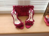 1 Pair ladies shoes and clutch bag (pink) size 5(38) worn once