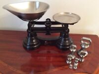 Vintage kitchen balance scales black/chrome with imperial weights