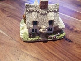 Lilliput Lane 'Clare Cottage' Collectable