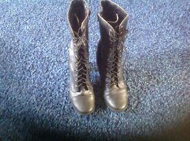 Ladies black size 6 (39) zip up boots