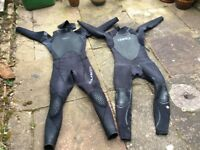 2 used men's wetsuits. Some wear and tear but usable.
