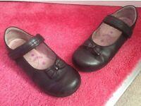 Girls black startrite school shoes size 12 1/2G