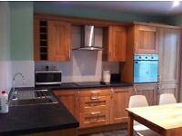 ** Double room to rent in an immaculate house share | £615pcm fully inclusive | Great location