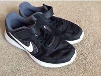 Boys size 2 Nike Revolution 3 trainers