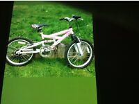 Girls 20inch mountain bike