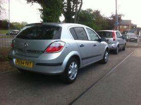 Vauxhall Astra 650£ new mot new tax good runner