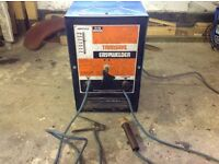 Heavy duty Arc Welder in good working order ideal for home or business use