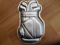Golf shaped cake tin