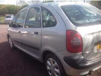 citroen picasso hdi,long m.o.t,taxed,tow bar, excellent runner and driver,bargain £395