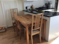 Bargain ! Oak table and four chairs