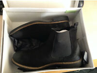 Redfoot Suede Clough Chelsea Black Slip On Boots Size UK 8/Euro 42