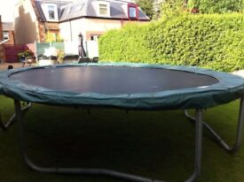Large oval jumpking trampoline 10ft x15ft