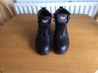 New Tuff steel toecap work boots
