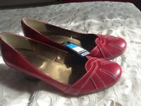 Brand new Per Una red shoes size 5