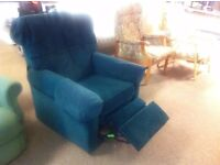VERY GOOD CONDITION!!! Very comfortable lounge chair recliner