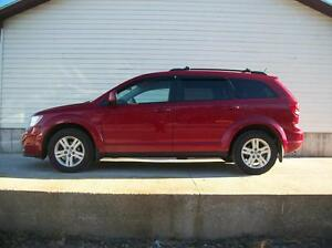 2012 Dodge Journey GREAT FAMILY SUV