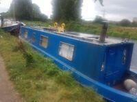 Narrowboat/ Narrow boat/ canal boat / houseboat