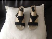 Ladies size 6 wedge sandaks