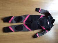 Girl's wetsuit
