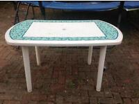 Garden table in good condition only £6