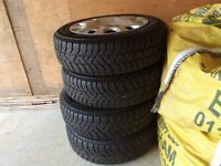 Nearly new 4 Mini winter wheels and tyres 175/65/R15 Snow Control Series 3 Winter 210