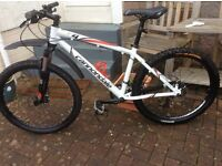 CANNONDALE F4 HARD TAIL MOUNTAIN BIKE