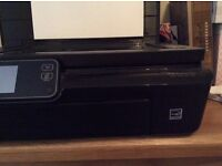 HP 5520 Printer in excellent condition with new col cartridges
