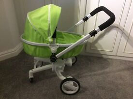 Dolls 3 in 1 silver cross pram will fit up to 50cm doll excellent condition