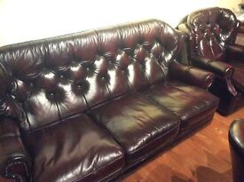 Immaculate leather sofa and 2 arm chairs
