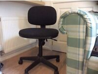 Office Chair Height adjustable. Very good condition