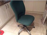 Comfortable swivel chair