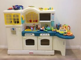 Little Tikes Country Kitchen Excellent Condition