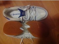 Size 7 ( 41 ) BRAND NEW Dunlop court master trainers. Kindly donated for local cancer charity funds.