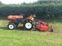 COMPACT TRACTOR AND FINISHING MOWER