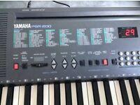 Yamaha PSR200