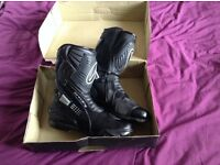 Size 13 men's spada motorcycle boots as new
