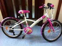 £80 hybrid girl bike B-twin only few times used very good conditions 20 inch wheels