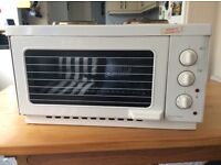 Russell Hobbs Dual Plate mini oven.