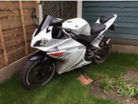 Yamaha YZF R125 2010 not CBF RS125 WR125 XR125