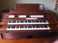 Baldwin Organ with pedals, very good condition.