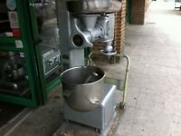 CATERING COMMERCIAL MIXER 30L AND MEAT MINCER GRINDER CAFE KEBAB CHICKEN RESTAURANT TAKE AWAY SHOP